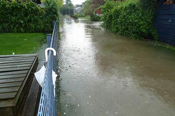 Starkregen in Nettelnburg am Himmelfahrtstag 10.5.18 Klaus-Schaumann-Straße 83